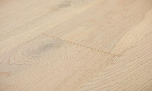Brushed Oak 'White Sand'
